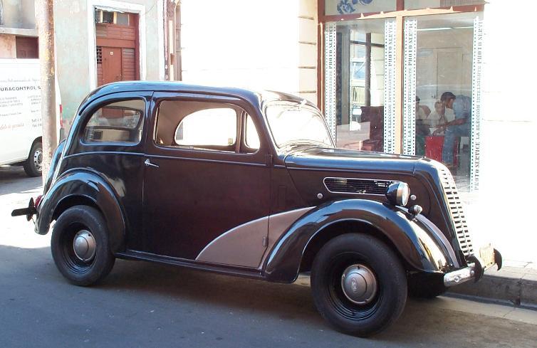 Old Cars of Santiago